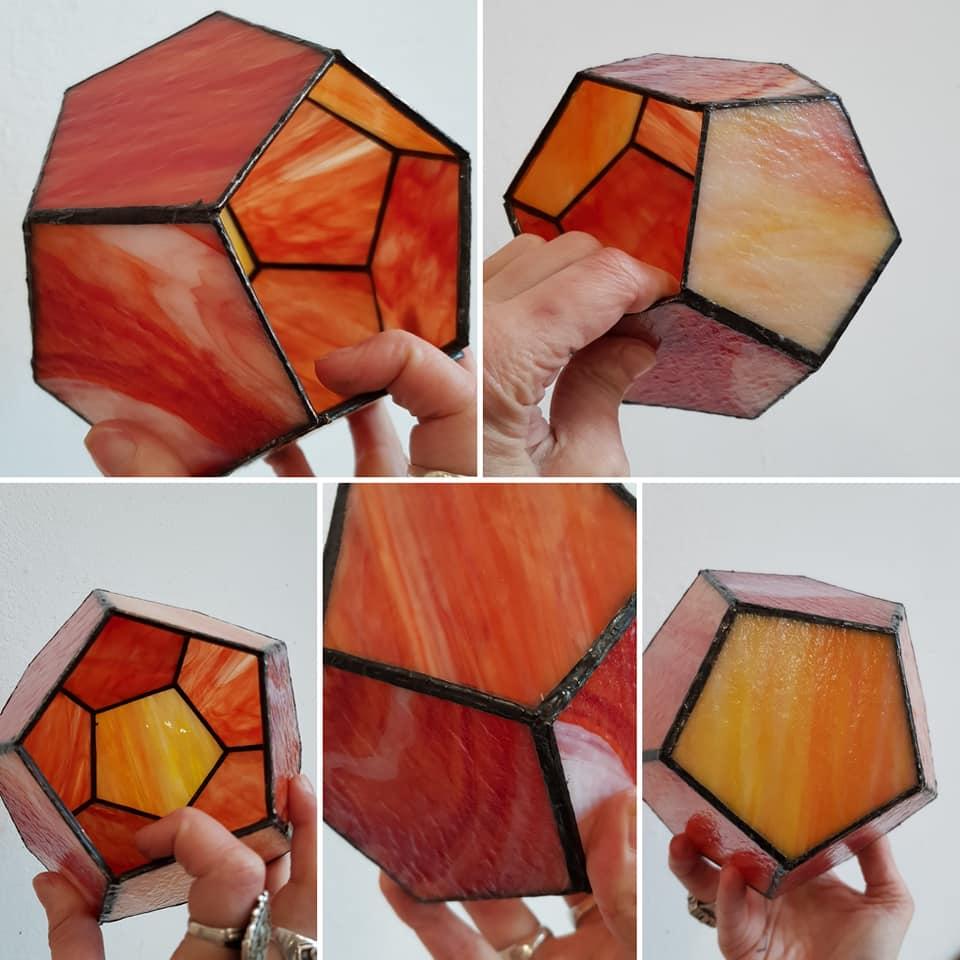 geometrisch werk gemaakt tijdens de glas cursus tiffany 2 en 3 D