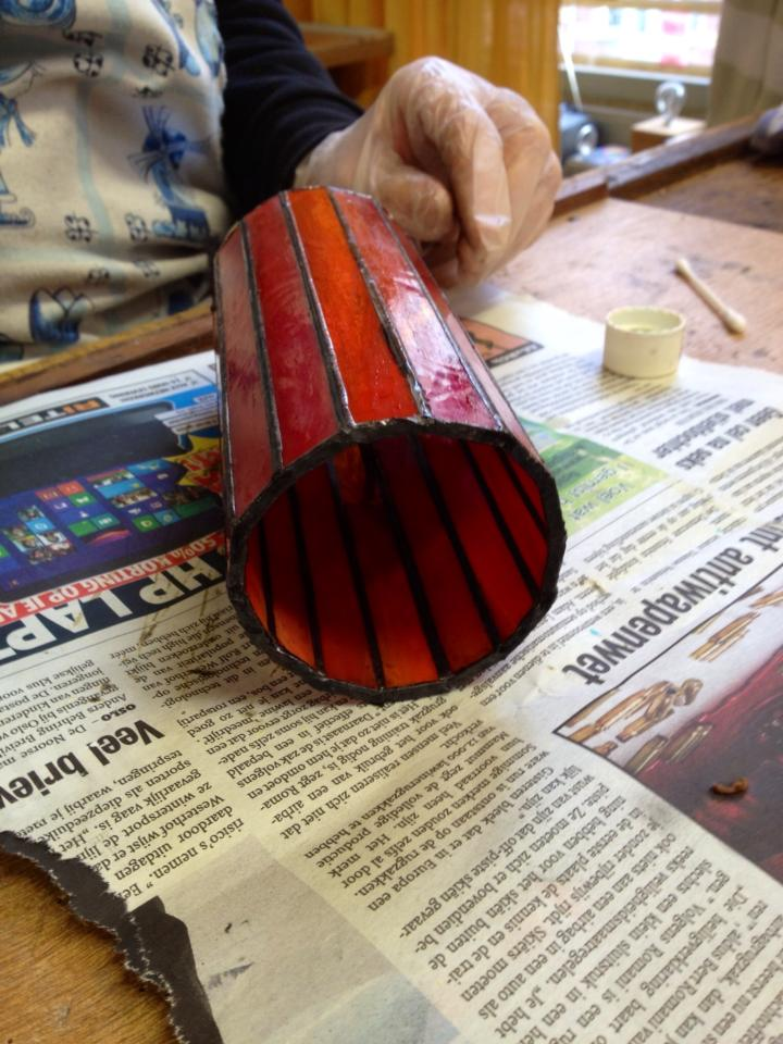tiffany 2 en 3 D cursus ontwerp ronde strookjes lamp